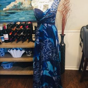 Rickie Freeman for Teri Jon Gorgeous Dress